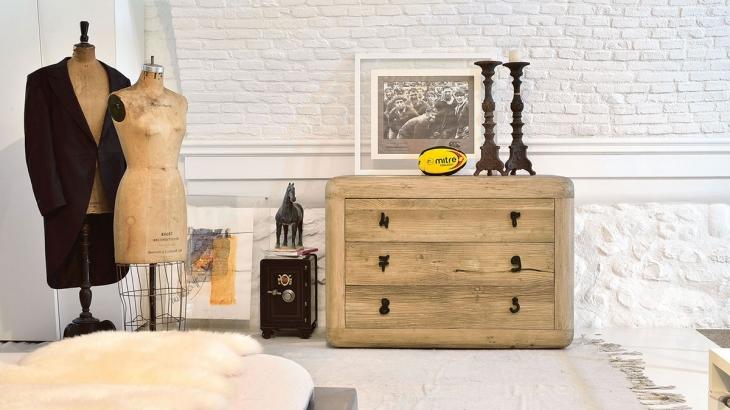 arredamento-in-legno_MVk2rLIs1cy8